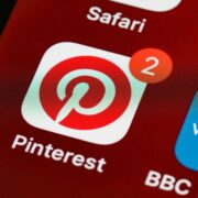 How to Make Money on Pinterest Without a Blog (For Beginners)
