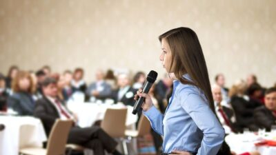 Ready to Get In Front of a Crowd? Here's How to Get Speaking Engagements